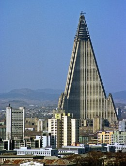 Ryugyong Hotel in Korea declared the worst building of the world