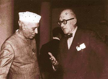 Le Corbusier with Pandit Nehru